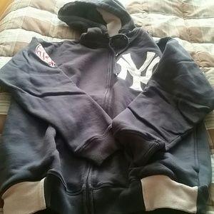 New York Yankees Zip Hooded Sweatshirt